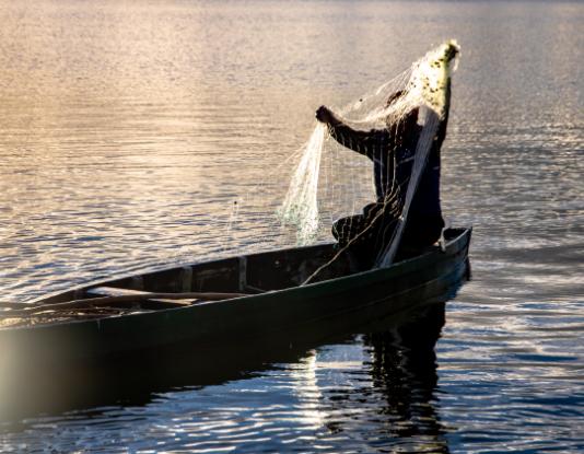 Lac Mantasoa Pêcheur